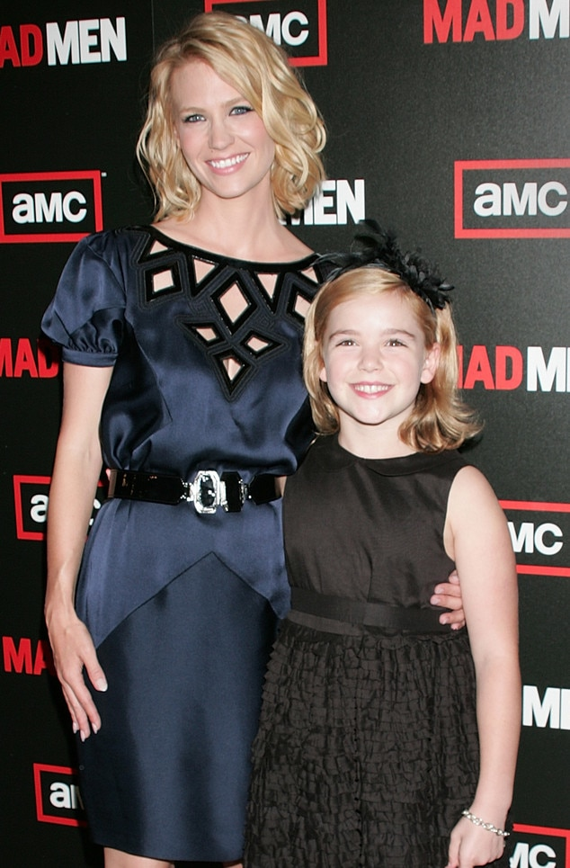 January Jones, Kiernan Shipka, 2009