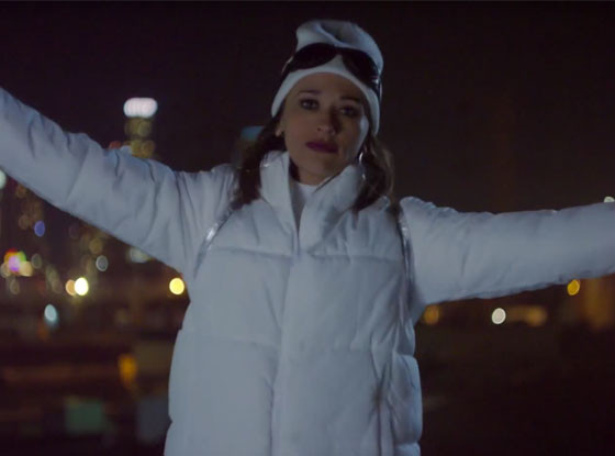 Rashida Jones, Music Video