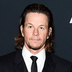 Mark Wahlberg Really Hates His Long Transformers Hair, But ... Mark Wahlberg