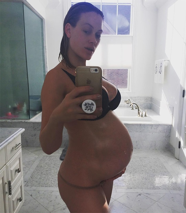 Peta Murgatroyd, Baby Bump