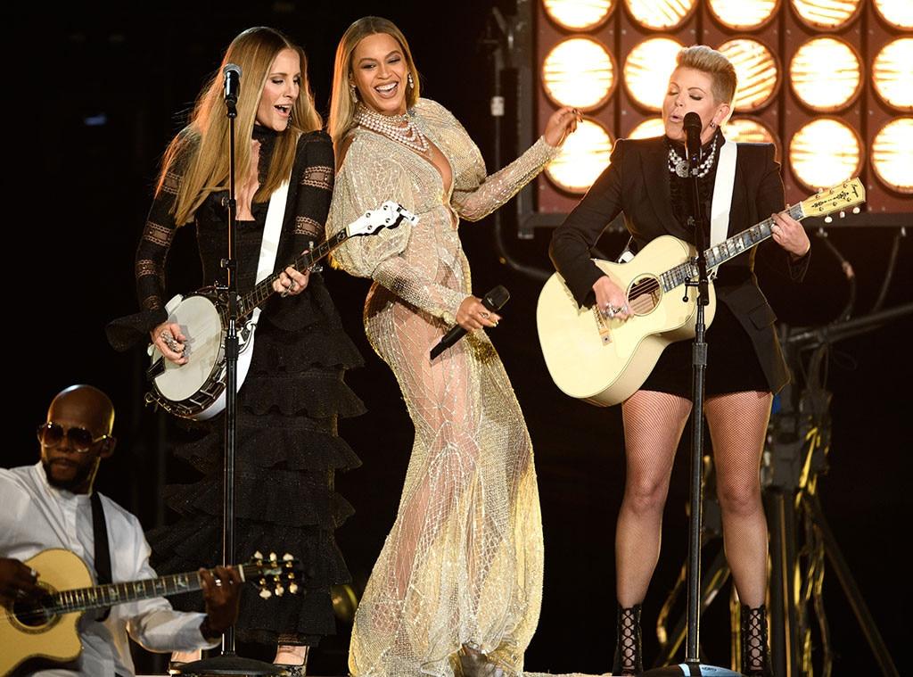 Beyonce, 2016 CMA Awards