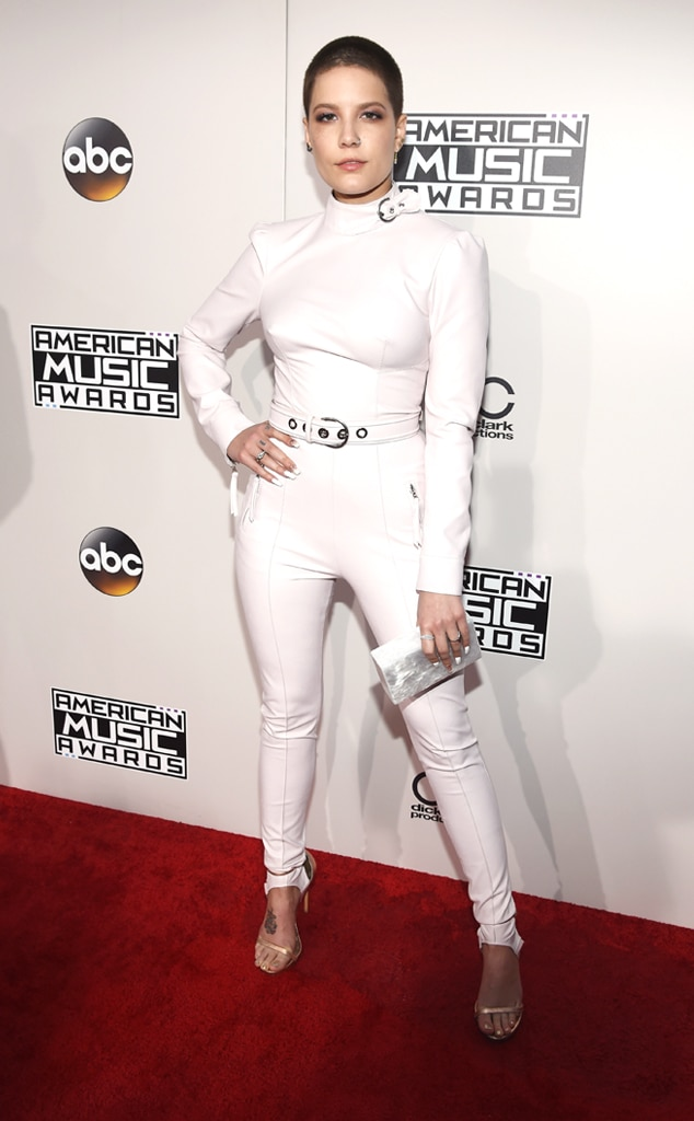 Halsey, AMAs, 2016 American Music Awards, Arrivals