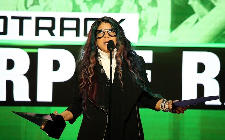 Tyka Nelson, AMAs, 2016 American Music Awards