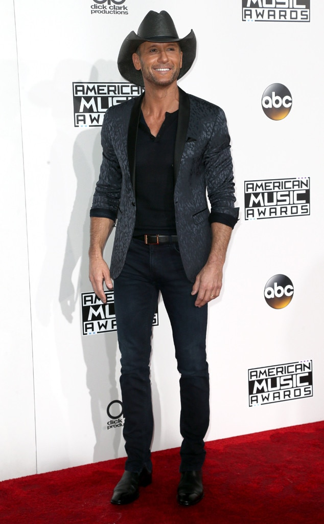 Tim McGraw, AMAs, 2016 American Music Awards, Arrivals