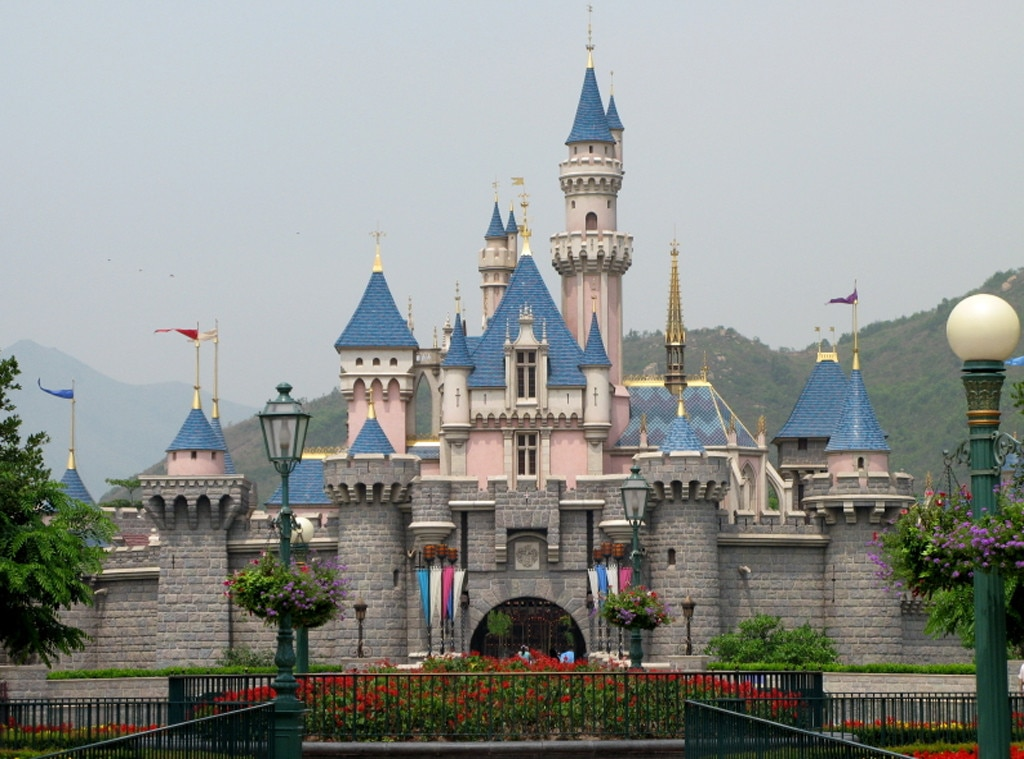Hong Kong Disneyland, Sleeping Beauty Castle