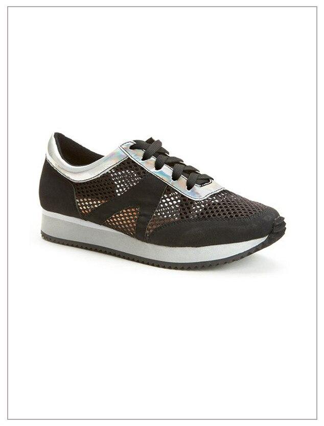 ESC: Black Sneakers