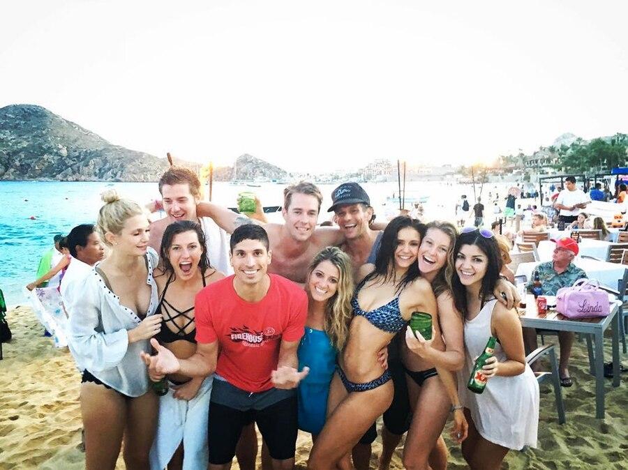 Nina Dobrev, Bikini, Friends