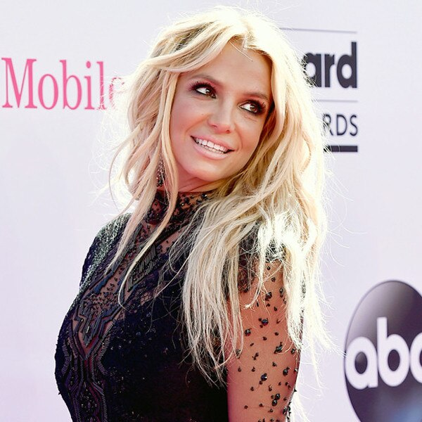 Is Britney Spears Dating Anyone 2016