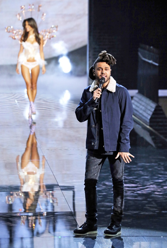 The Weeknd From Victoria 39 S Secret Fashion Show Musical Acts Through The Years E News