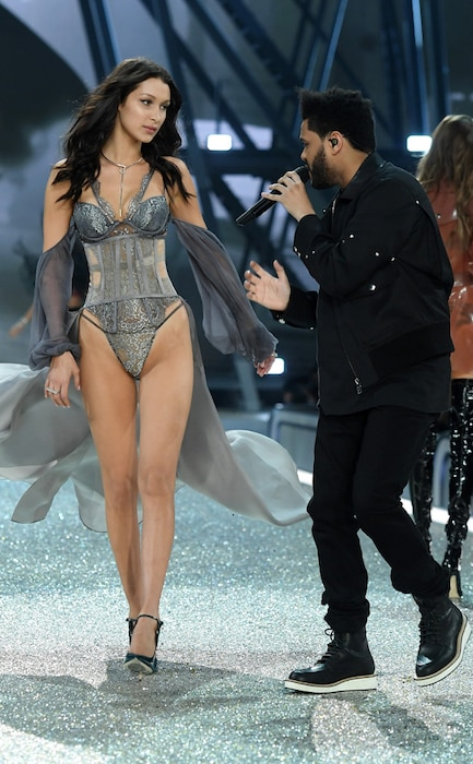 Bella Hadid, Weeknd, 2016 Victoria's Secret Fashion Show