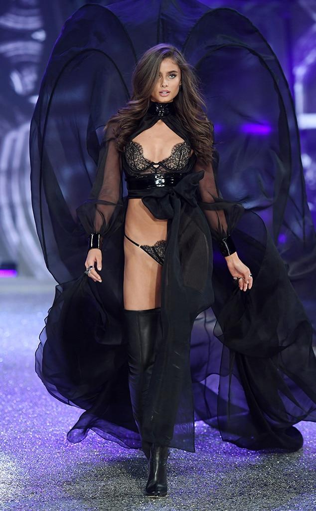 Victoria Secrets Fashion Show  Full Video