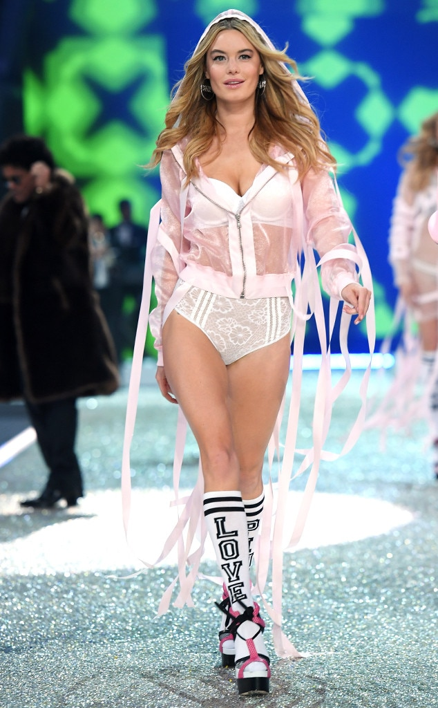 Camille Rowe from 2016 Victoria's Secret Fashion Show | E ...