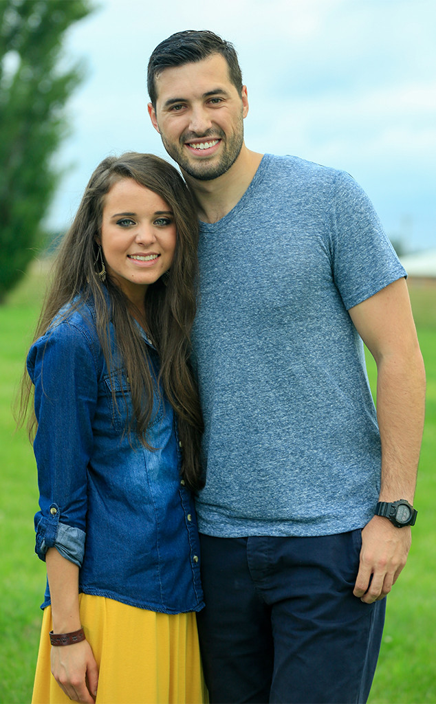 Jinger Duggar Is 22 Weeks Pregnant: A Look Back At Her Baby Journey
