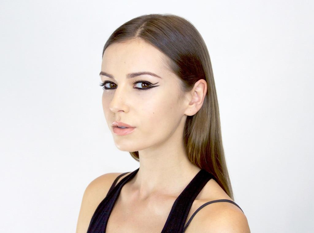 Kendall Jenner, ESC: Tutorial