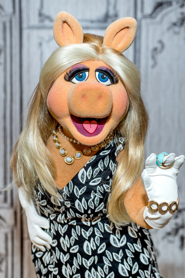 pics of miss piggy nude
