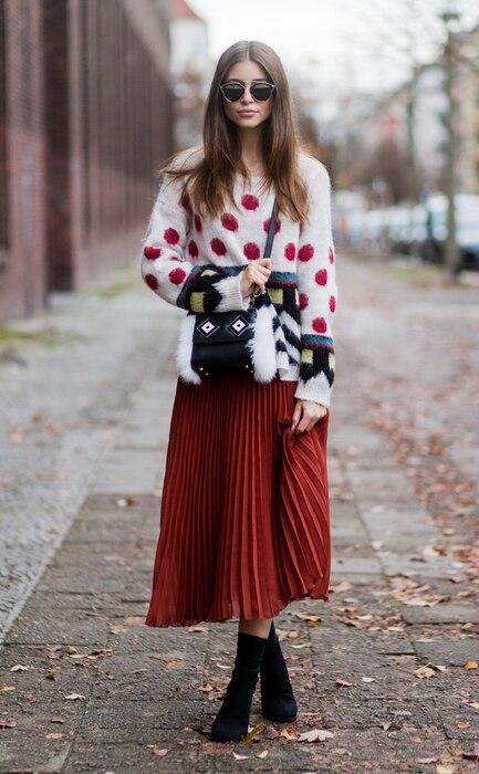 ESC: Ugly Sweaters, Jennifer Amanda