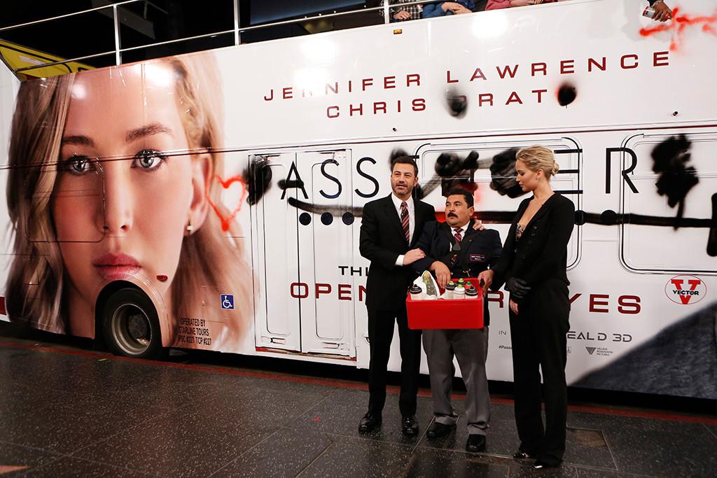 Jimmy Kimmel, Guillermo Rodriguez, Jennifer Lawrence