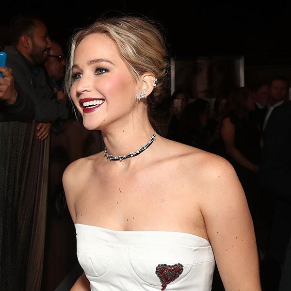 Jennifer Lawrence Talks Chris Pratt, Making Kids Happy for Holidays  Jennifer Lawrence