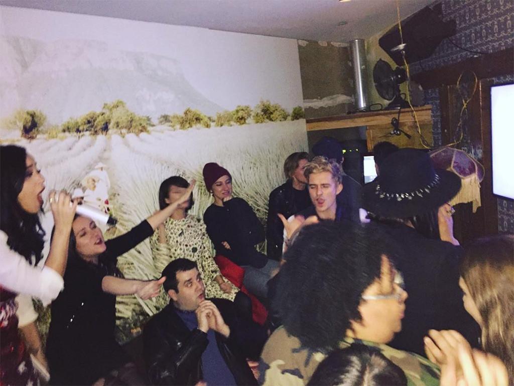Katy Perry, Shannon Woodward, Orlando Bloom