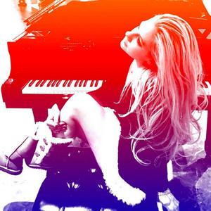 Avril Lavigne Announces First Album Since Lyme Disease Diagnosis