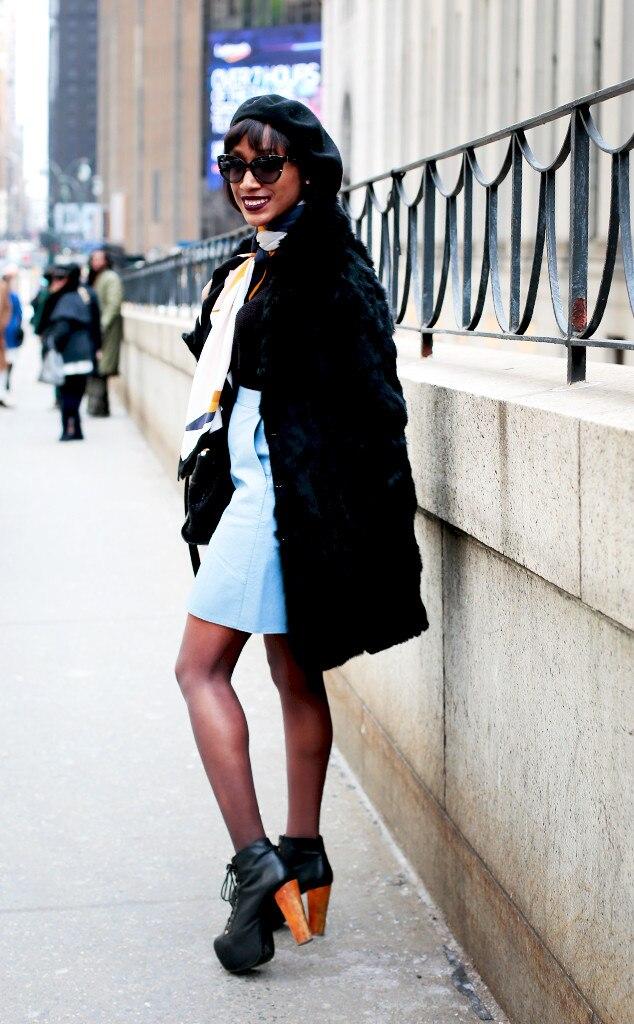 Street Style At New York Fashion Week Fall 2016 Photos
