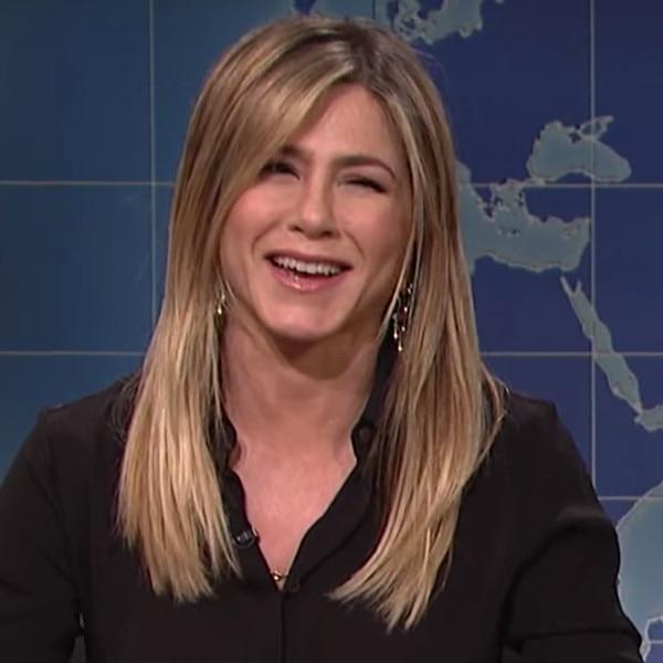 Jennifer Aniston, Vanessa Bayer, SNL
