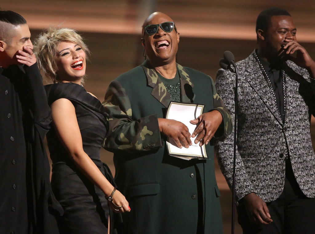Stevie Wonder, Mitch Grassing, Kristin Maldonado, Kevin Olusola, Pentatonix, 2016 Grammy Awards, Show
