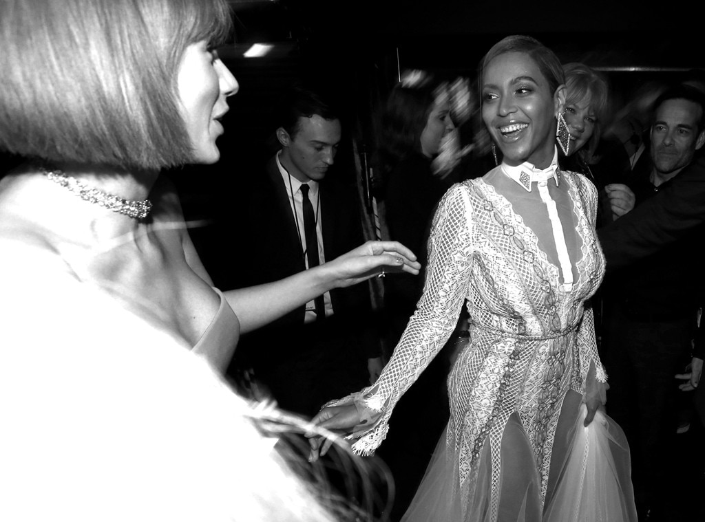 Beyonce, Taylor Swift, 2016 Grammy Awards