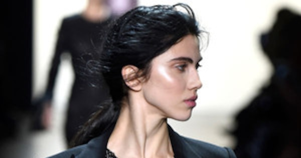 Prabal Gurung S Twisted Ponytail Is Every Lazy Girl S