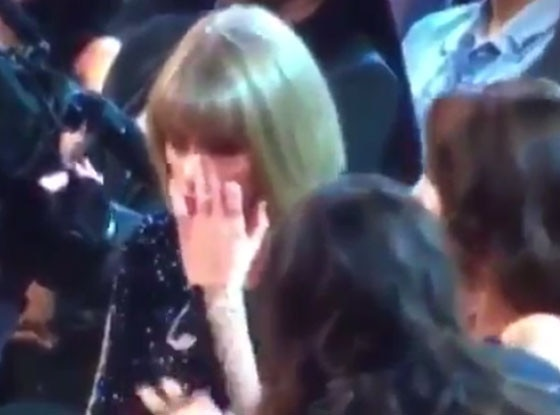 Sad Taylor Swift, Grammys 2016