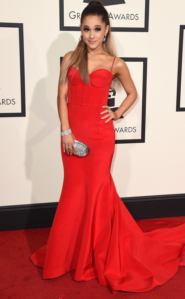 ariana grande from grammys 2016 red carpet arrivals e news. Black Bedroom Furniture Sets. Home Design Ideas