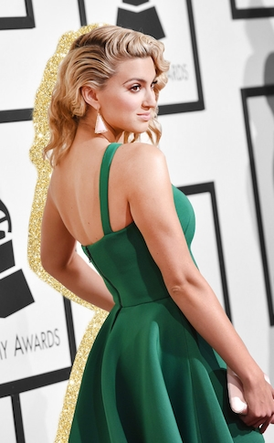 Gallery Cover, Grammy Awards 2016 Best Accessories