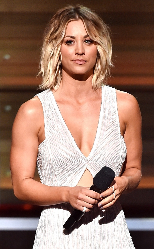 Kaley Cuoco, 2016 Grammy Awards