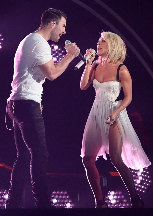 Carrie underwood and sam hunt perform sexy duet of take your time