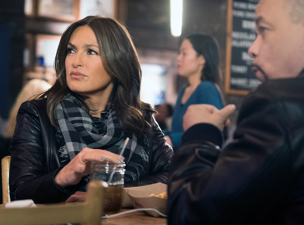 Law Amp Order Svu S Big Benson Romance Reveal Is Proving To