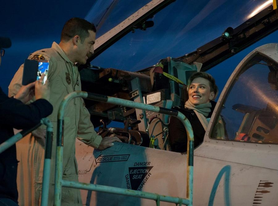 Chris Evans, Scarlett Johansson