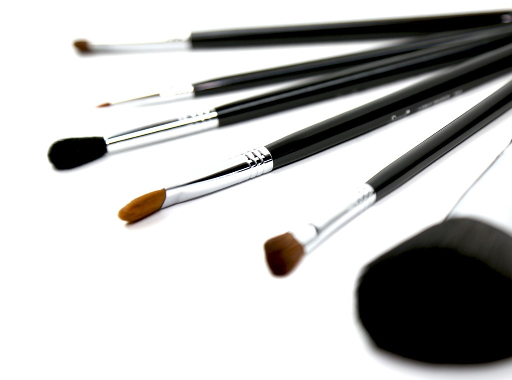 ESC: Makeup Brushes