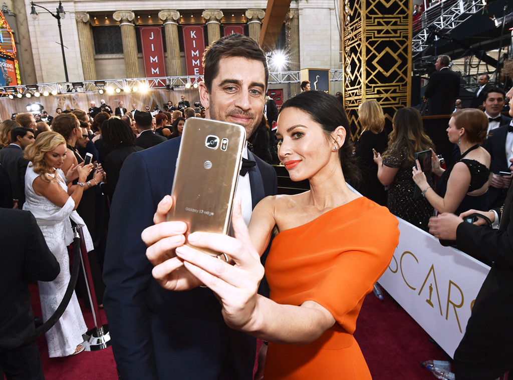 2016 Oscars, Academy Awards, Arrivals, Olivia Munn, Aaron Rodgers, Candids