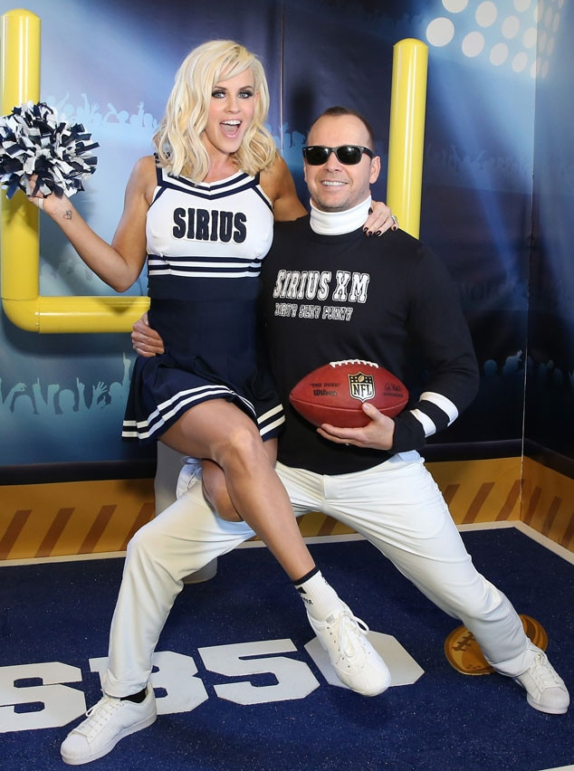 Jenny McCarthy, Donnie Wahlberg, Super Bowl