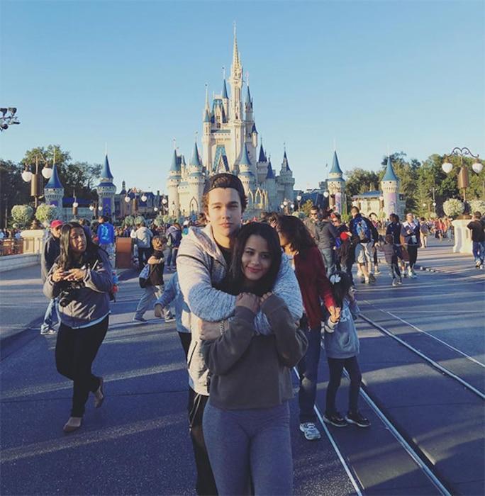 Austin Mahone, Katya Henry, Disney World