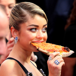 Sarah Hyland, Pizza, 2015 SAG Awards