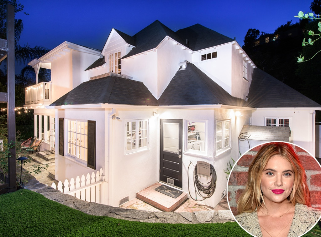 Ashley Benson, Home, outside