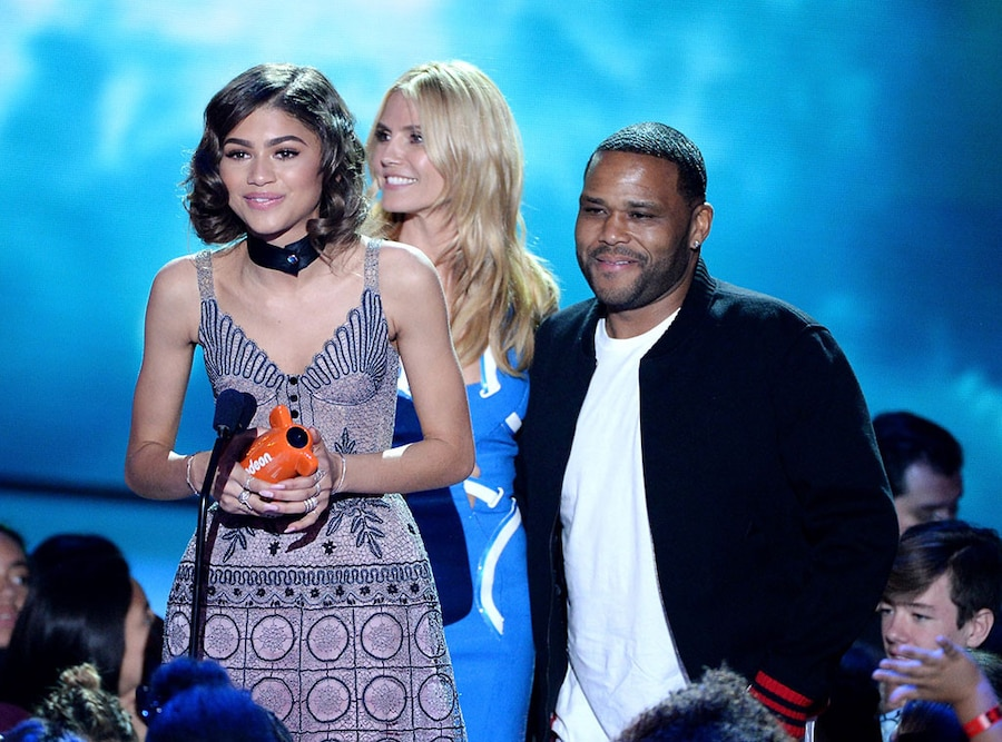 Zendaya, 2016 Kids' Choice Awards