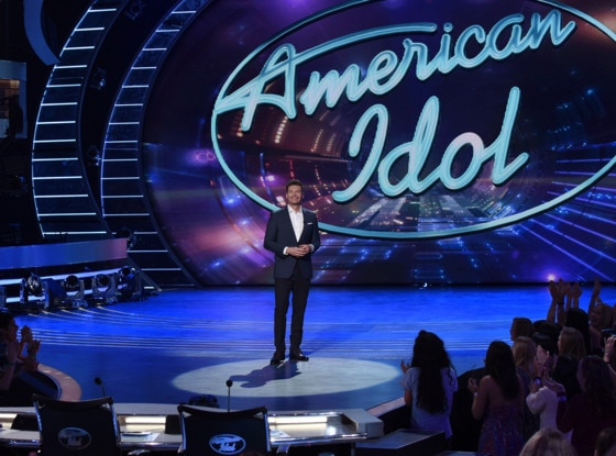 Ryan Seacrest to return as American Idol host next year