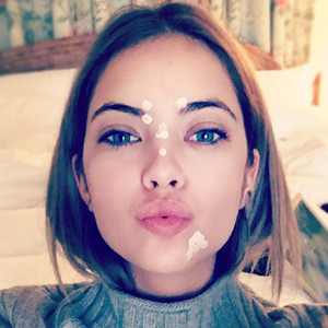 ESC: Beauty Blemish Fixes, Ashley Benson