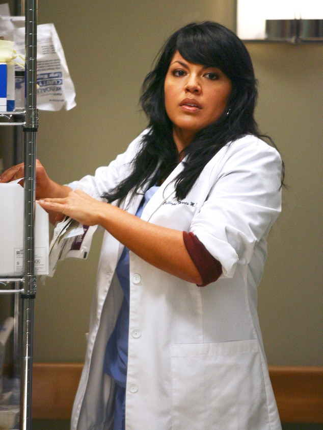 Watch The First Few Minutes Of Greys Anatomys Newest Episode Of