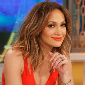 Jennifer Lopez Thinks She Looks ''Chunky'' in This Selfie | E...  Jennifer Lopez