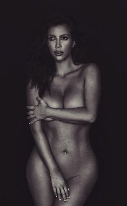 Kim Kardashian, Naked