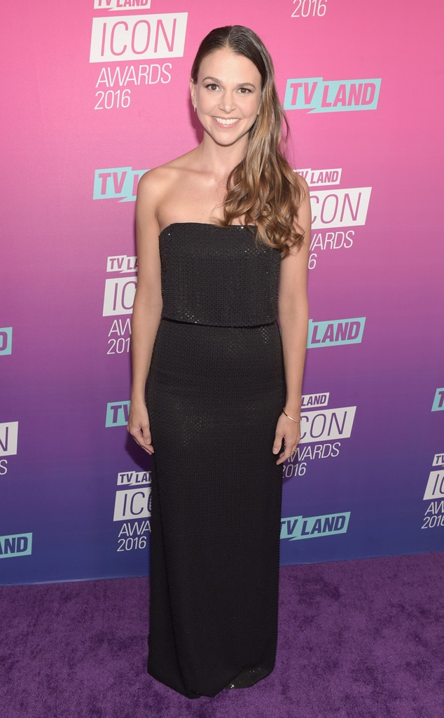 Sutton Foster, TV Land Icon Awards 2016