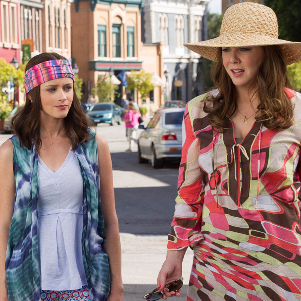 Gilmore Girls A Year In The Life Gets Its First Trailer
